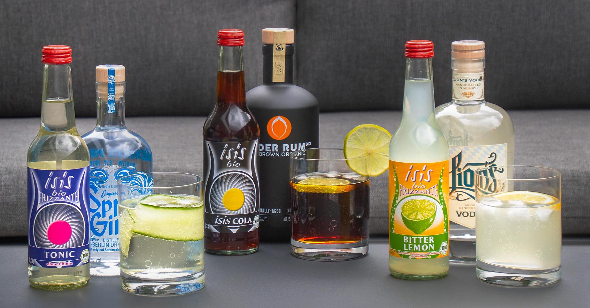 Longdrinks Gin mit isis Bio Tonic Rum mit isis Bio Cola und Wodka mit isis Bitter Lemon
