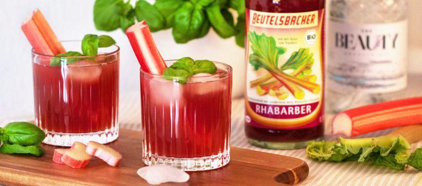Rhabarber Cocktails alkoholfrei oder mit Gin